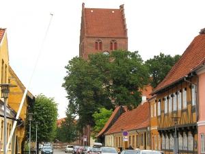800px-Køge_-_Kirkestræde